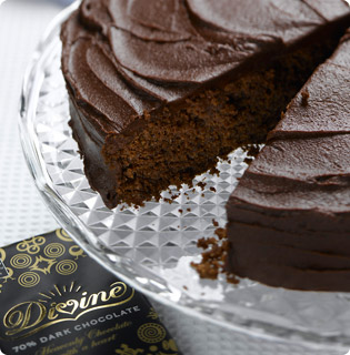 Divine Chocolate Fudge Cake - mmmmm